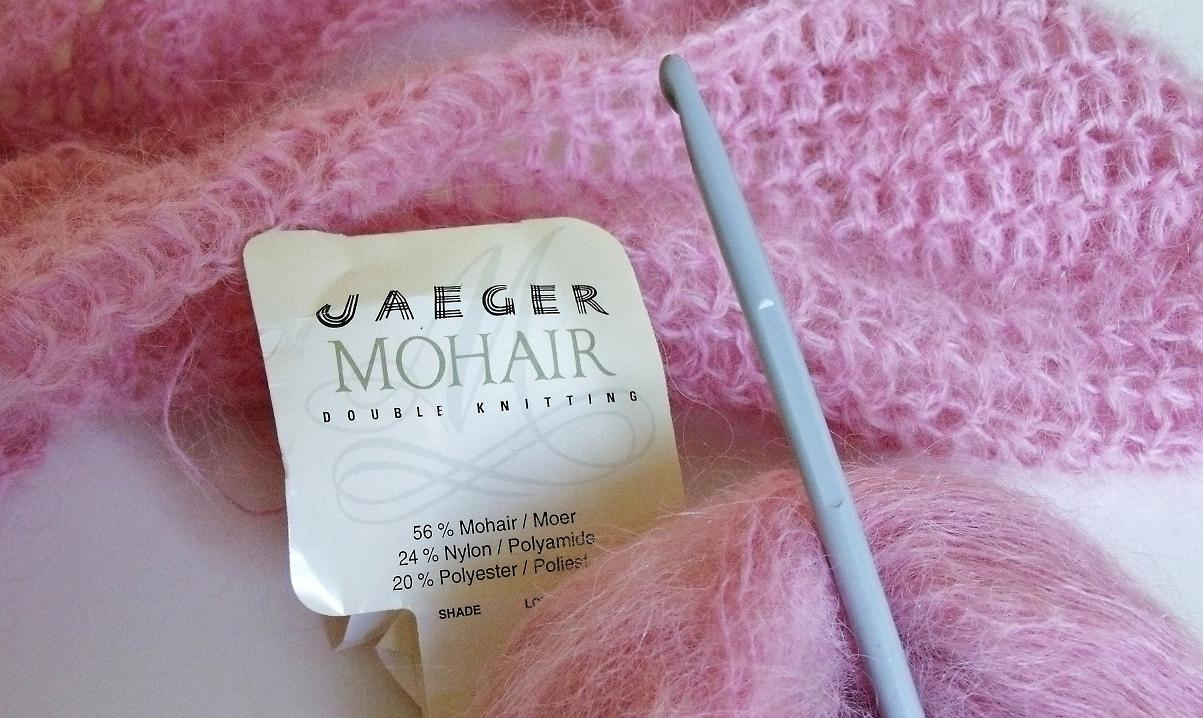 Knitting Scarf Patterns Using Mohair : MICROCKNIT CREATIONS: Jaeger Mohair Scarf
