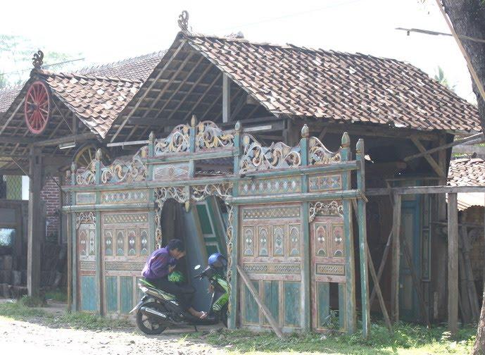 property semarang rumah adat jawa