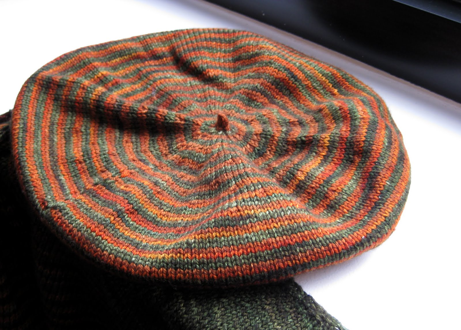 Looking Glass Knits: Sunny Snow Day Knitting
