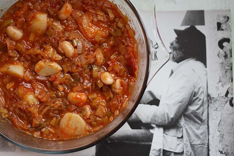 A2K - A Seasonal Veg Table: Leek and Butter bean cassoulet