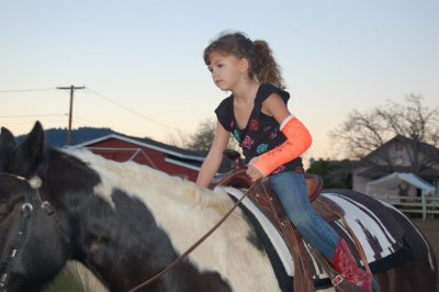 [cowgirl+up+clan,+mary+age+7]