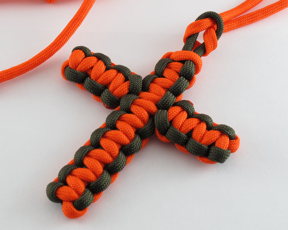 Paracord necklace paracord cross instructions diy for Paracord cross instructions