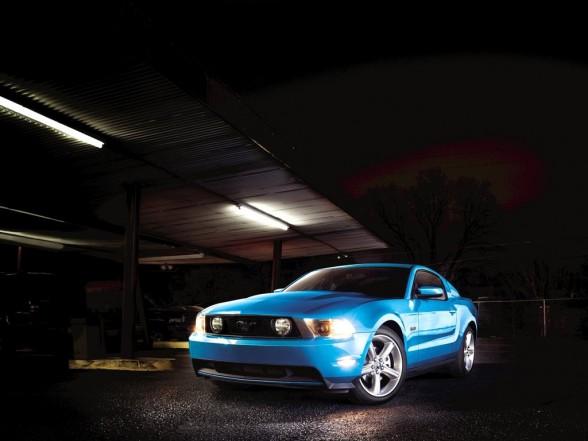 mustang gt wallpaper. 2011 Ford Mustang GT Wallpaper