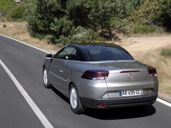 the best of cars 2011 renault megane coupe cabriolet. Black Bedroom Furniture Sets. Home Design Ideas