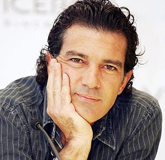ANTONIO BANDERAS, BESIDES A GREAT PHOTOGRAPHER Antonio Banderas