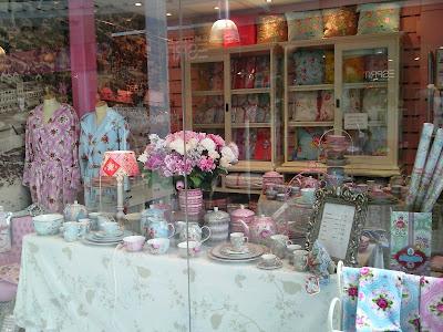 Beauty and cupcakes pip studio in zandvoort