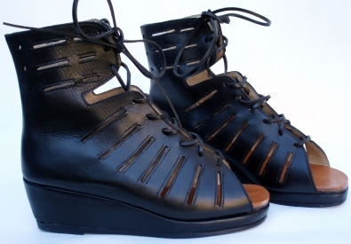 elenell emma the shoemaker. Black Bedroom Furniture Sets. Home Design Ideas