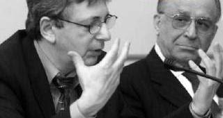 http://1.bp.blogspot.com/_0fRzyX-JoL4/R8q4BL2Mu-I/AAAAAAAAAYw/jupAAQtuYQ0/s400/Ion+Iliescu+Vladimir+Tismaneanu+Komintern.JPG