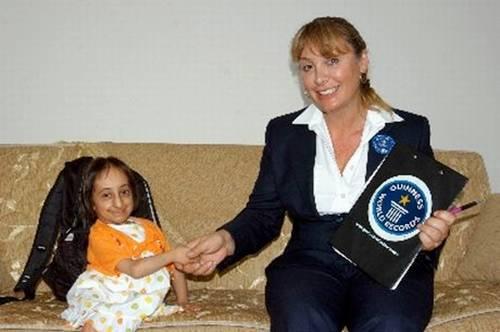 shortest woman in world. World#39;s shortest woman- Hatice