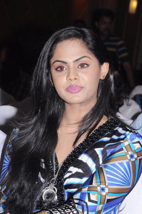 karthika at ko movie press meet