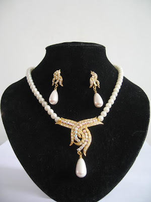 Narayana Pearls Necklace