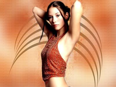Chyler Leigh hot