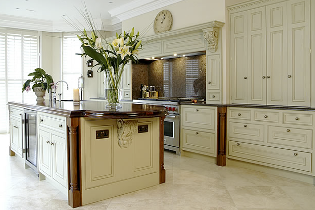 beautiful kitchens: grand designs - grand gesture and stunning