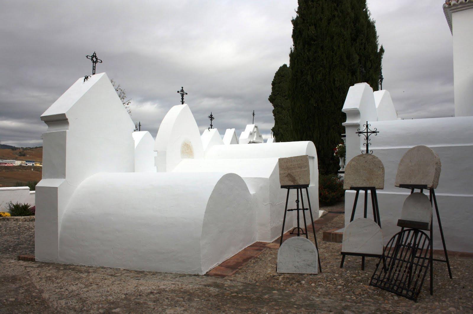 El color azul del cielo noviembre 2010 for Arquitectura funeraria