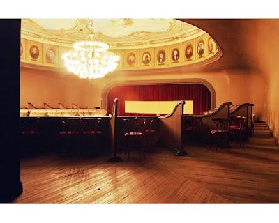 Teatro roma municipalidad de avellaneda teatro roma for Municipalidad de avellaneda cursos