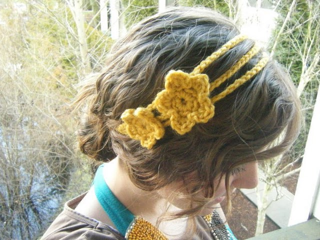 PDF PATTERN-Crochet Flower Headband / Earwarmer with button - Patterns
