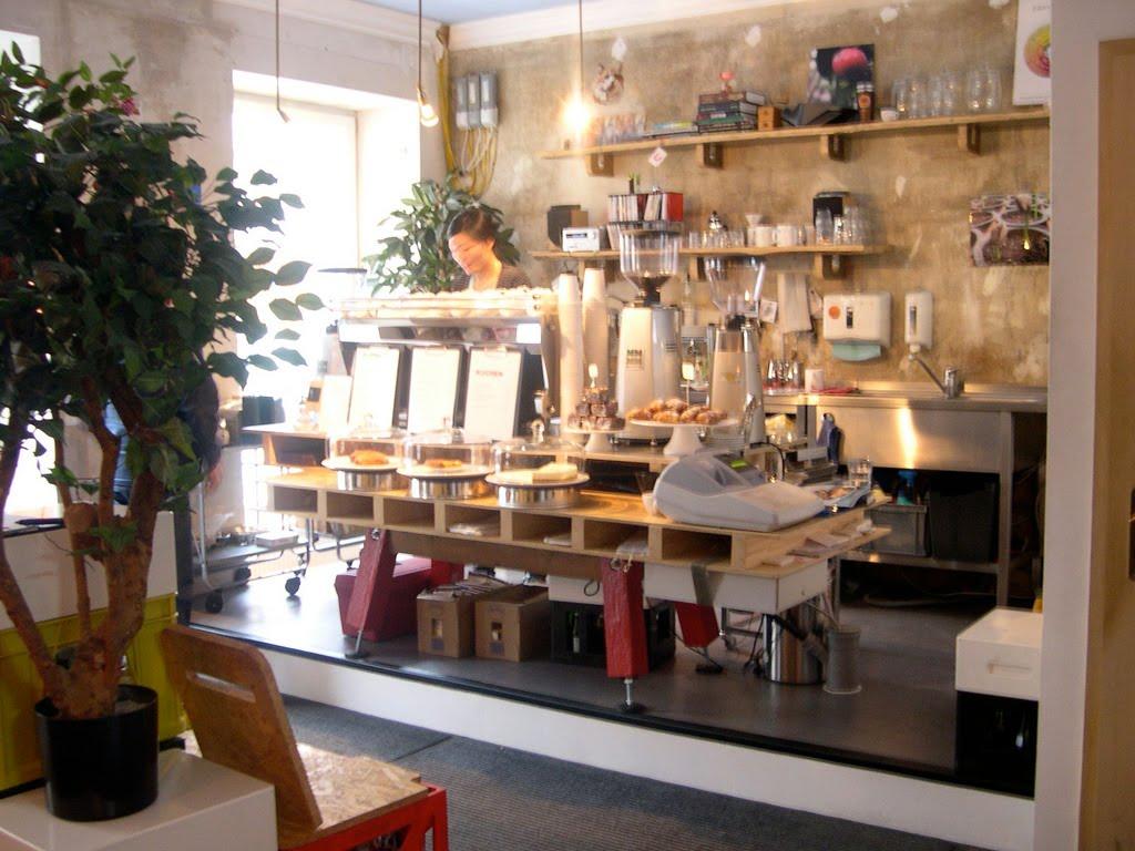 http://1.bp.blogspot.com/_0ml7ddKtOpA/S8BzHQYRd1I/AAAAAAAAALw/hl0VLVGixh8/s1600/Bonanza+Coffee.jpg