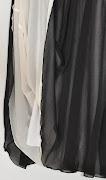 Vestido preto com detalhes em renda {produto vendido}. Vestido Cute (dsc )