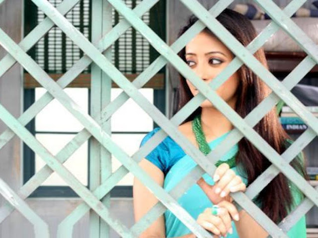 Raima Sen in Mirch