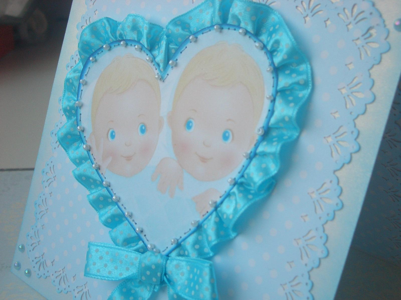 Поздравление с днем рождения для двойняшек женщин