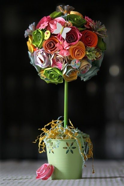 the craft mom  paper flower topiary