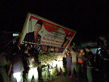 Penertiban alat peraga kampanye peserta pemilu 2009