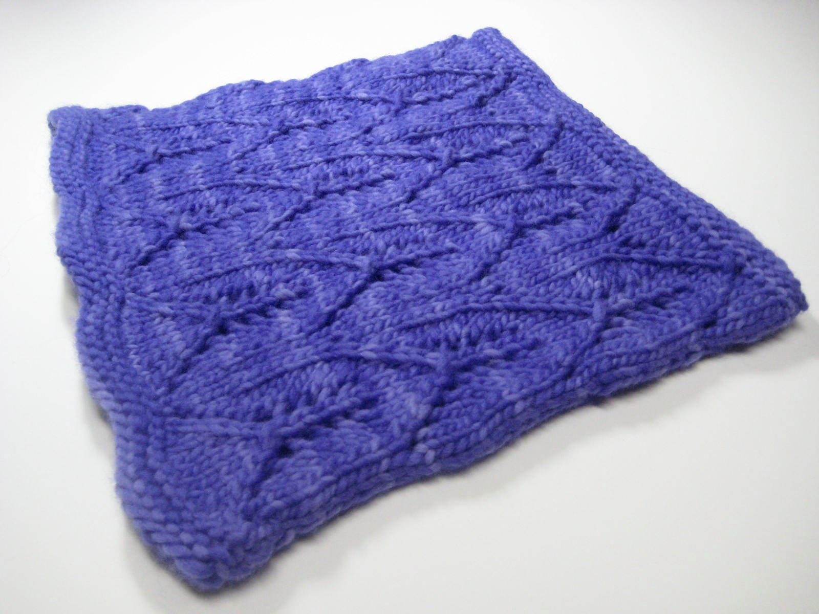 Robin Ulrich Studio: New Knitting Pattern - Greyhaven (Part II)