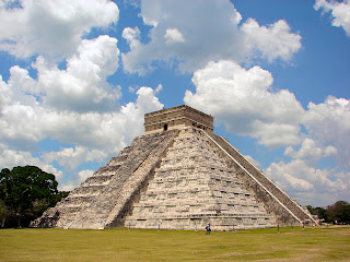The Pyramid at Chichén Itzá (before 800 A.D.) Yucatan Peninsula, Mexico new seven wonders of the world