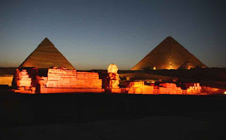  The Giza pyramid complex at night