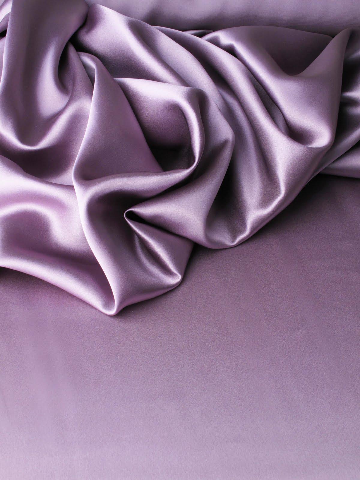 les nouveaut s au jour le jour chez stragier cr pe satin en soie cinnebar. Black Bedroom Furniture Sets. Home Design Ideas