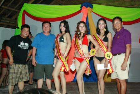 Bikini Open winners with Doc Rodner, Dodong Sy of Ozamis and Joey Sy of RGBA