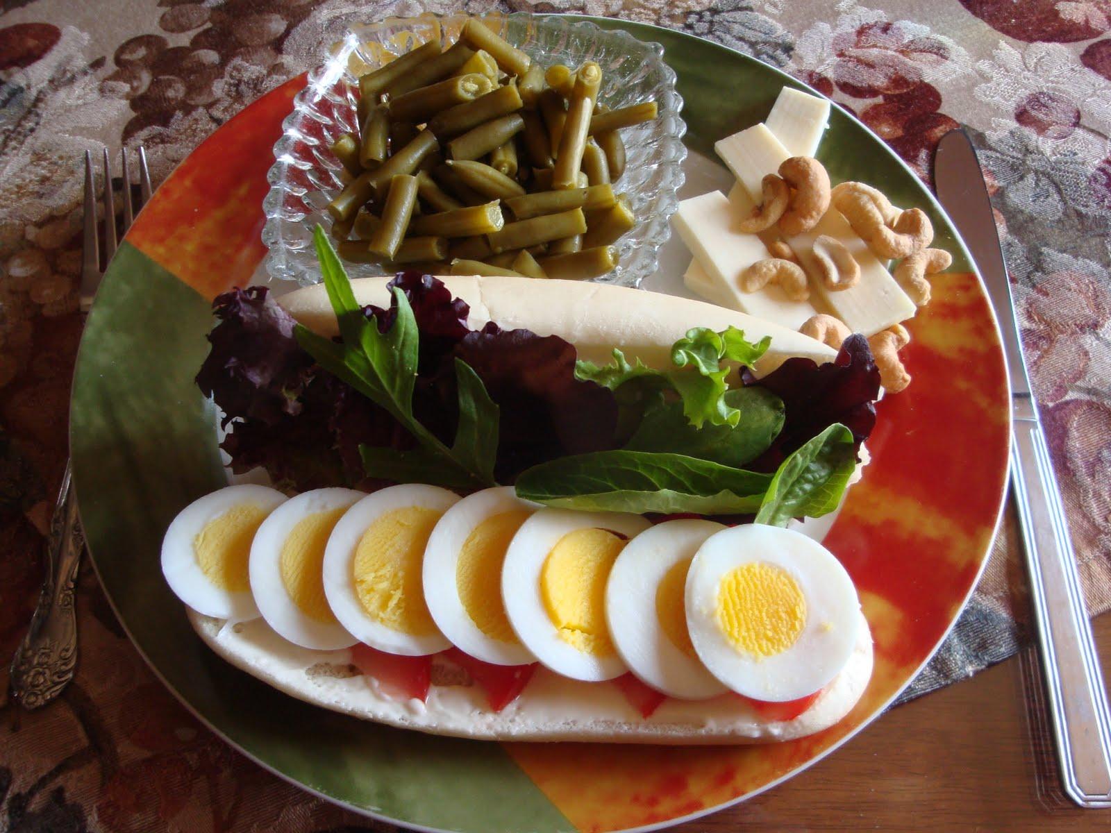 Le dentellier cuisinier guedille aux oeufs coquette for Cuisinier 2010