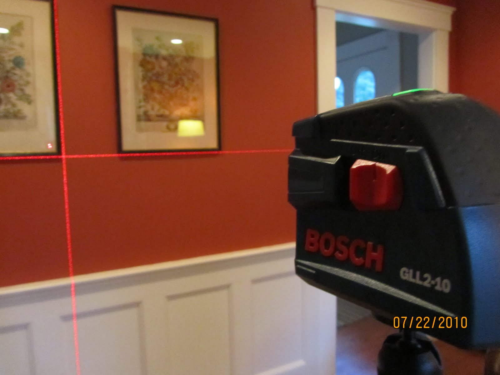 BOSCH Cross-Line Laser GLL2-10 - A Concord Carpenter