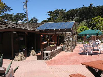 Snack Bar at Ragged Point Inn in San Simeon on the way to Big Sur and Monterey