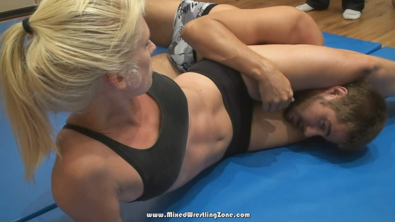 Scissor Foxes http://mixed-wrestling.blogspot.com/2010/12/kim-vs-kevin.html