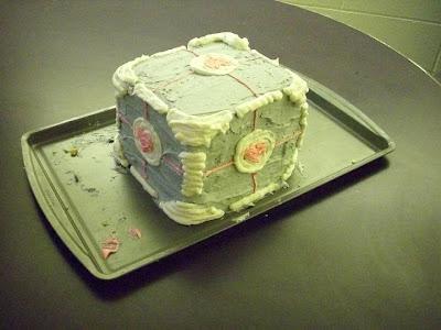 Companion Cube Birthday Cake - Looks Delish
