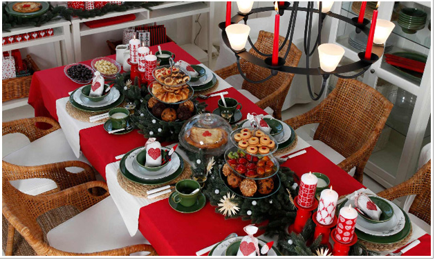 Mesas de navidad que me inspiran for Decoracion de mesa navidena