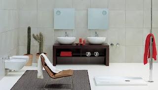 Ideias de decoração e Mobiliário | Casa de banho com mobiliário em wengue
