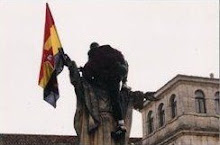 La bandera Republicana en frente del monasterio-The flag Republican in front of the monastery