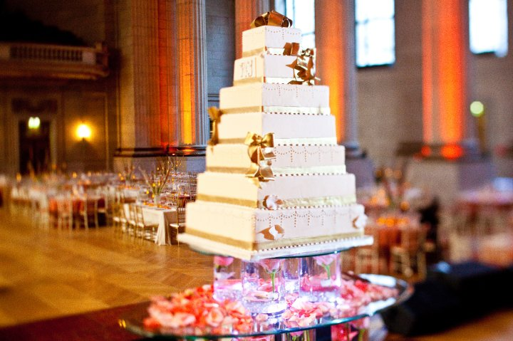 Gorgeous Wedding Cake Design Photo