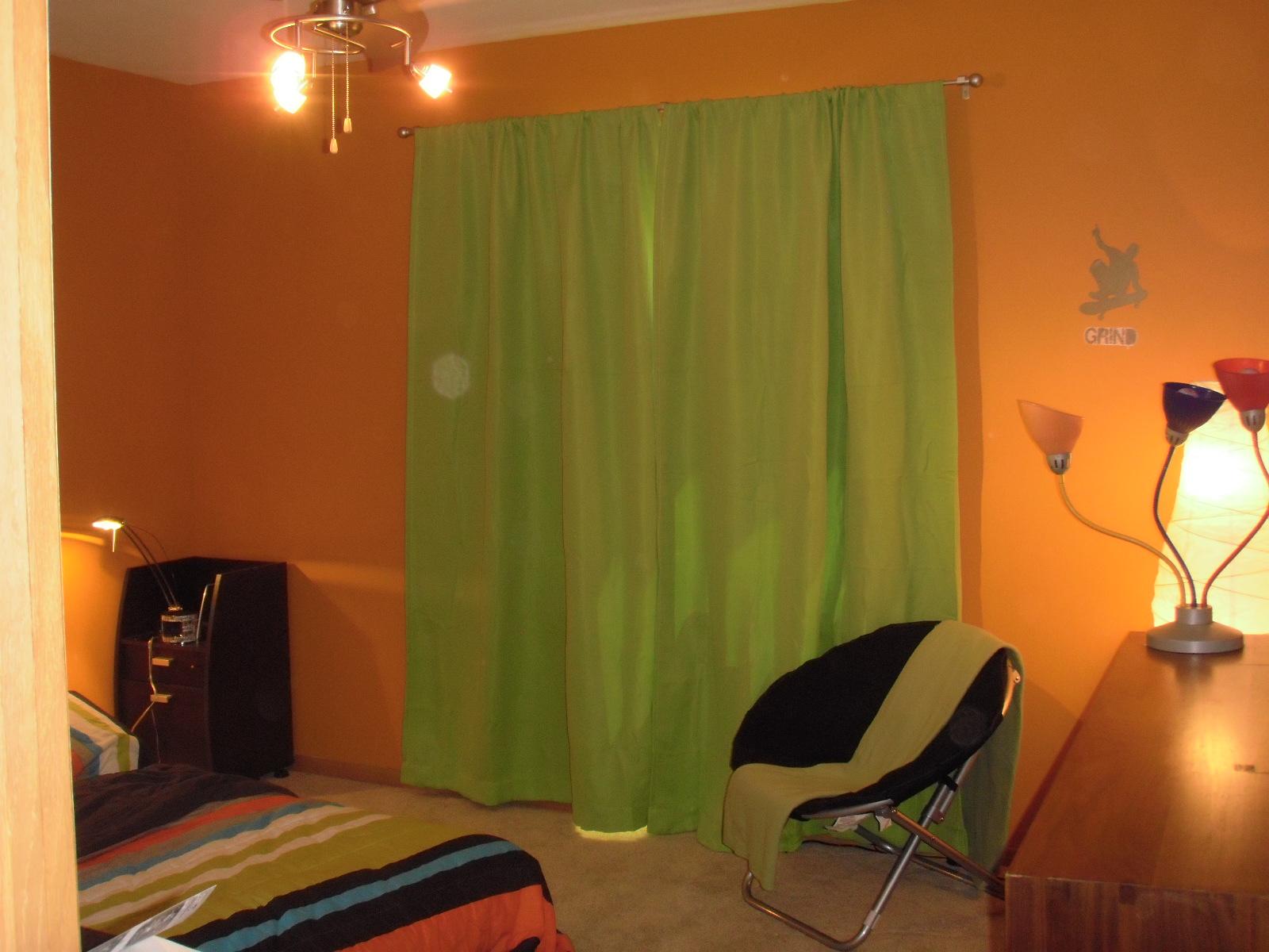 Cortinas que Corresponden con las paredes verdes ()