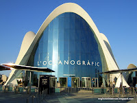 Oceanografic Access Building with roof by Felix Candela, Valencia
