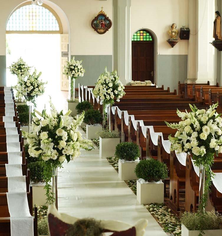 decoracao branca casamento:Enfim Noiva: ★ Decoração da igreja ★