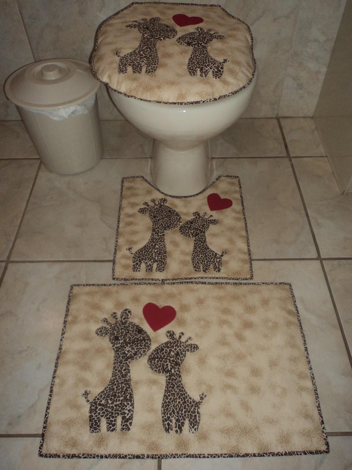 Patchwork By Dete: Novos jogos de banheiros!! #796B52 1200x1600 Banheiro Adequado Para O Gato