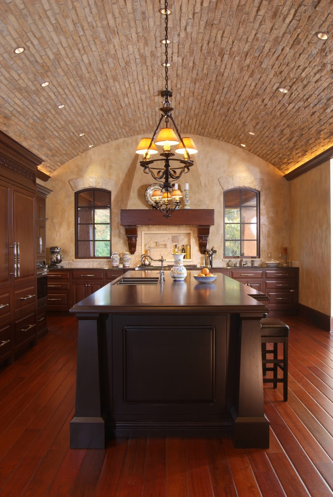 Architectural tutorial ceilings visbeen architects for Barrel vault roof