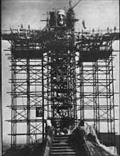 Construção do Cristo Redentor na Cidade do Rio de Janeiro no ano de 1923