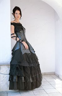 Gothic-Wedding-Dresses-Picture