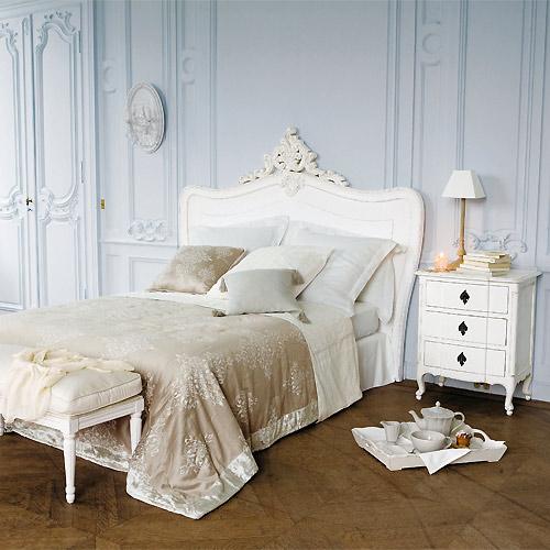 Romantische Slaapkamer Inrichting: Een brocante slaapkamer voor ...
