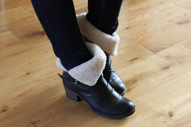 Marta Jonsson wool-lined foldover cuff boots boots