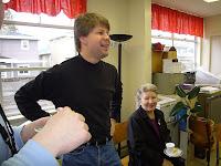 Jorma on pyhäkoulunopettaja, Maija-Liisa kotoisin Etelä-Pohjanmaalta - ja sen kuulee ;)